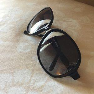 Coach Black Lacquer Sunglasses